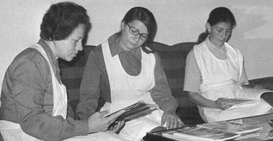 Las tres primeras Numerarias Auxiliares. De derecha a izquierda Ana Quiroga, Ana López y Mercedes Borda.