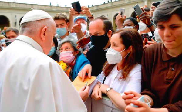 """Opus Dei - """"Don't forget the refugees"""""""