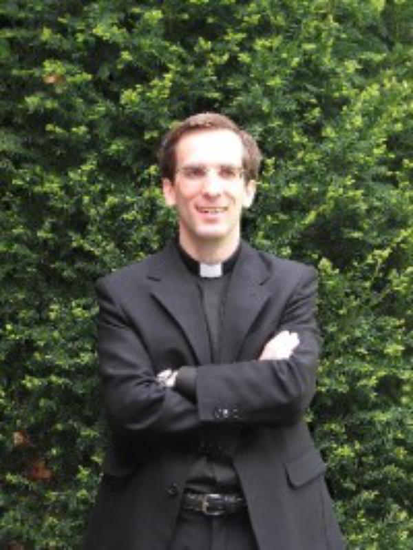 """""""El sacerdocio es transmitir alegría"""""""