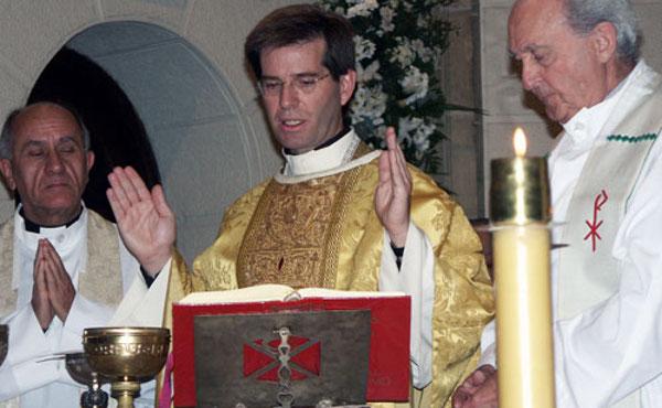 """Opus Dei - """"Estoy convencido de que don Álvaro me ha curado"""""""
