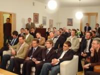 Uczestnicy spotkania w salonie Barbakanu