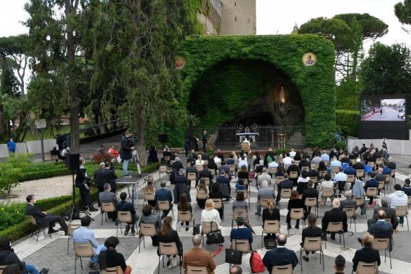 Papa presidiu a recitação mundial do Rosário pela esperança, na luta contra a Covid-19