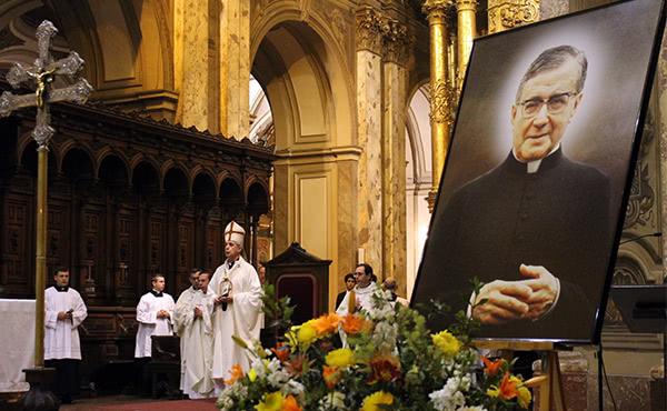"""Opus Dei - """"San Josemaría es un pequeño del Evangelio, escuchó la Palabra y la guardó en su corazón"""""""