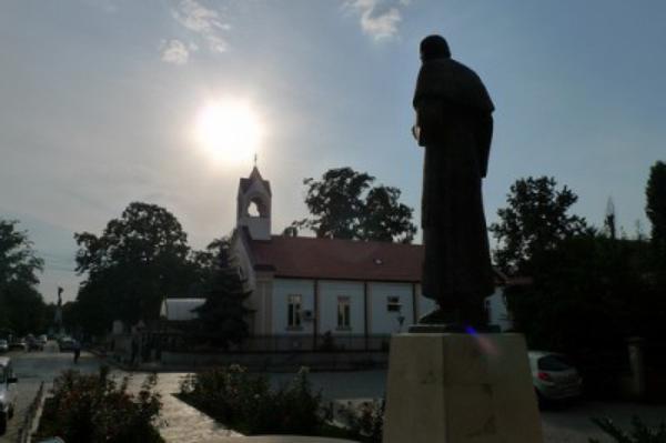 Primeros pasos y misa de san Josemaría en Rumanía