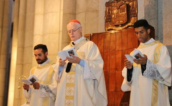 Momentos das Missas em honra de São Josemaria 2019