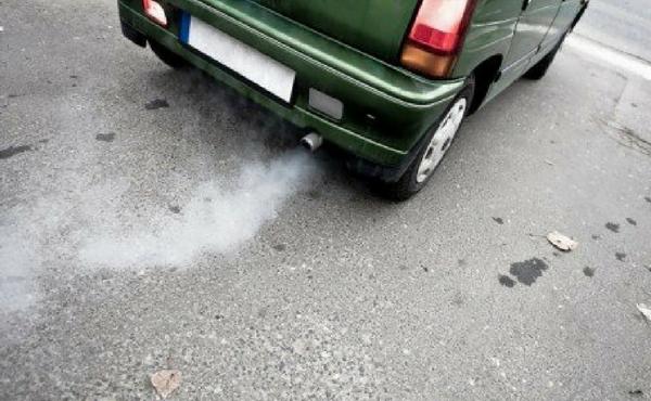 Opus Dei - Problemas com o carro