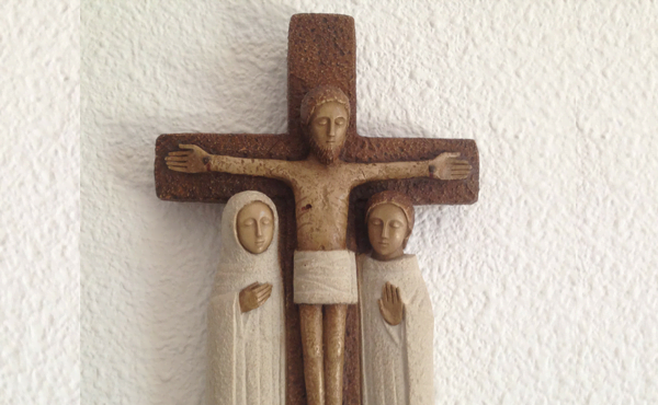 Opus Dei - Junto à cruz