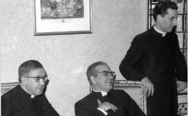 Opus Dei - 10 perguntas sobre São Josemaria a Dom Javier Echevarría