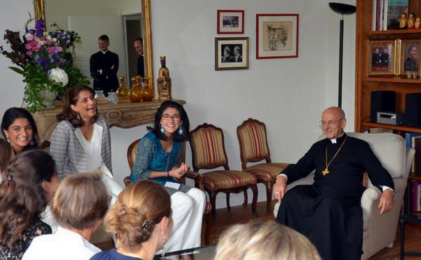 """Opus Dei - Visita do Prelado a França: """"Alegres na esperança"""""""