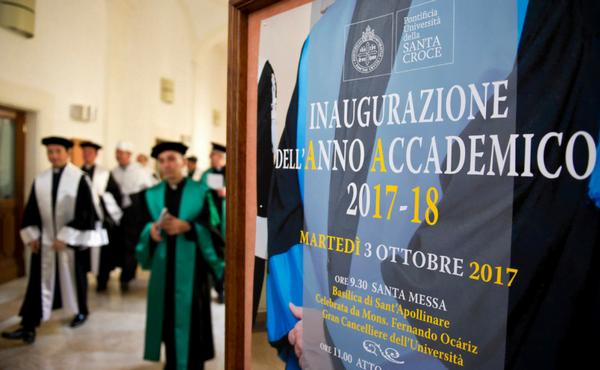 Opus Dei - Mons. Ocáriz: La carità cristiana, motore della qualità  e della professionalità
