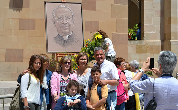 Opus Dei - Fotos de la festa del beat Àlvar a Montserrat