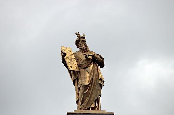 Opus Dei - Jumalan Pojan valtuuksien todistajat