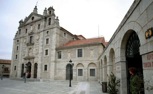 Opus Dei - Santa Teresa de Ávila y san Josemaría Escrivá de Balaguer