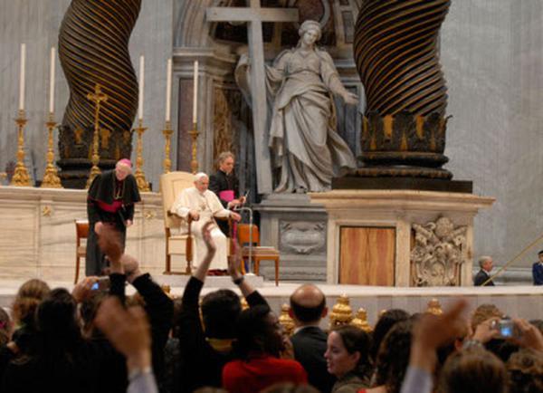 L'UNIV avec le Pape