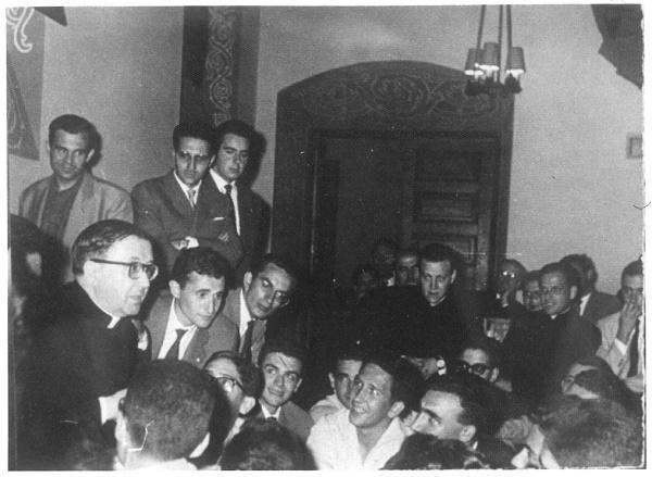 Opus Dei - San Josemaría diante do apóstolo Santiago