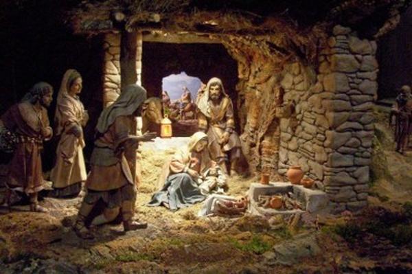 Размышлять во время  Адветна и Рождества