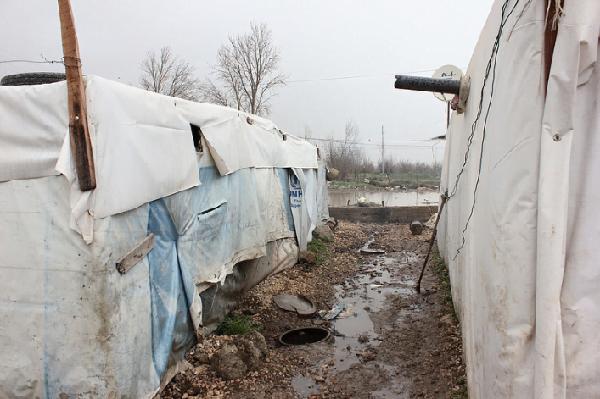 Aquí, los sirios llegan y se instalan en asentamientos, siguiendo las indicaciones y ayuda de las autoridades y de Acnur. Foto: Caritas Internationalis (Flickr)