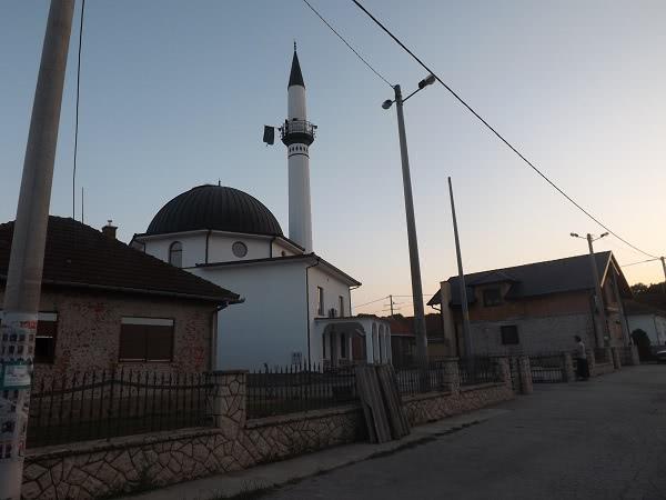 Mezquita de Gunja (Croacia)