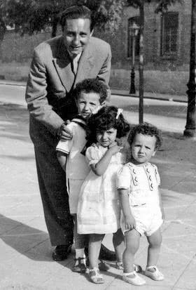 Tomas and his first three children in August 1944 - José-María, Teresa and Rafael