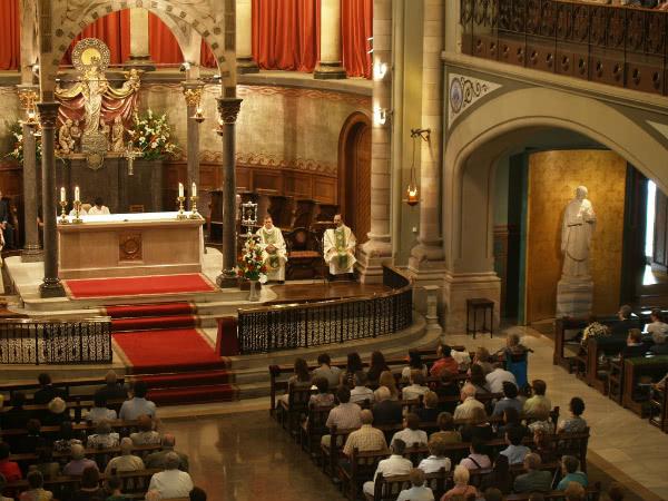 Interior de la iglesia de Montalegre