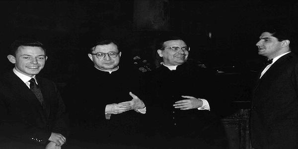 Pedro Turull (d.) nel maggio 1959 insieme con san Josemaría (2° d.s.), il beato Álvaro del Portillo (2° d.d.) e Walter Schaeidt, un altro giovane membro dell'Opus Dei