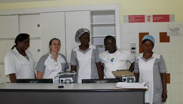 Nel nostro ospedale diamo acqua potabile gratis a tutta la popolazione del quartiere da 25 anni.