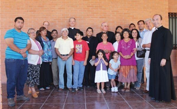 La Iglesia rectoral se encuentra en la diócesis de San Bernardo. En la foto (2014) aparecen varios fieles junto a dos de los cuatro rectores que ha tenido la iglesia junto al Obispo de la diócesis, Mons. Juan Ignacio González.