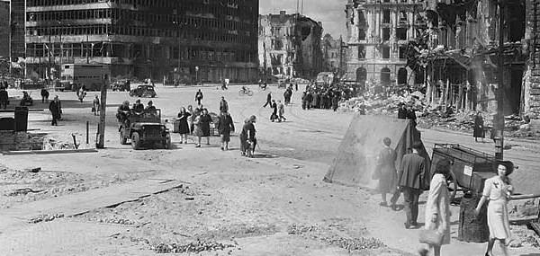 Alemania, 1945
