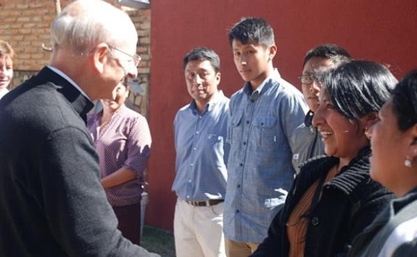 Opus Dei - El prelado del Opus Dei, en Bolivia