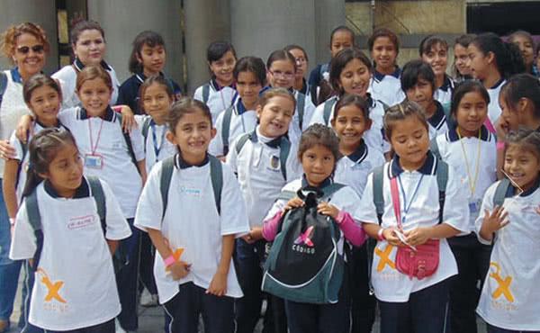 Schülerinnen vom Colegio Montefalco.