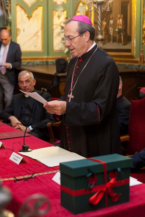 Mons. Francisco Pérez durante su discurso. Foto: Manuel Castells