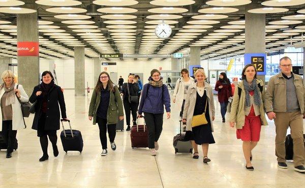 Grupė iš Lietuvos atvyksta į Madrida. Katažinos Topolskos nuotrauka