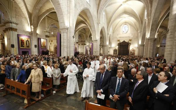 """Mons. Echevarría ha incoraggiato a """"perdere ogni rispetto umano parlando dei sacramenti, le paure a parlare della Confessione, un sacramento che sarà sempre attuale """". Foto: AVAN"""