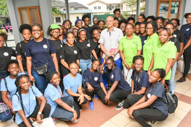 Opus Dei - DHI, Lagoon School Lagos, Utomi raise funds for IDP camps