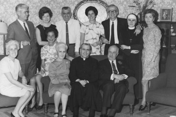 En la celebración de las bodas de oro de sus padres, en Madrid, en 1969.