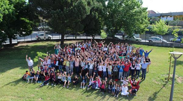 Os alunos da Escola Básica Afonso Paiva (Castelo Branco) que participaram na campanha