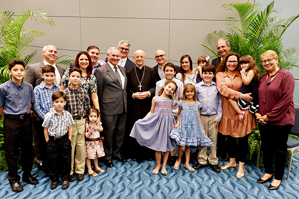 Opus Dei - The Prelate in Puerto Rico