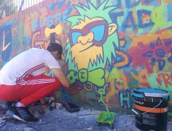"""""""Todos los alumnos pintaron libremente lo que quisieron, fuera cual fuera su origen, ideología o religión"""""""