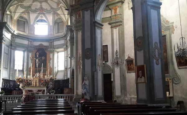 Il quadro di san Josemaría nella chiesa parrocchiale di Garbagna.