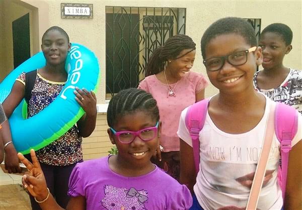 Les filles d'Elmine, Anne-Kelly et Lyse-Marie