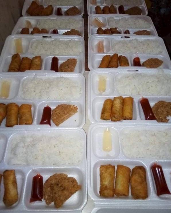 Um exemplo das refeições preparadas para os voluntários