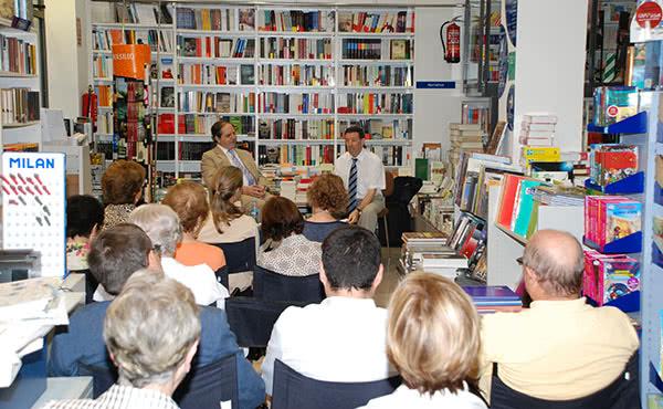 Presentació a la llibreria Empuries, de Girona