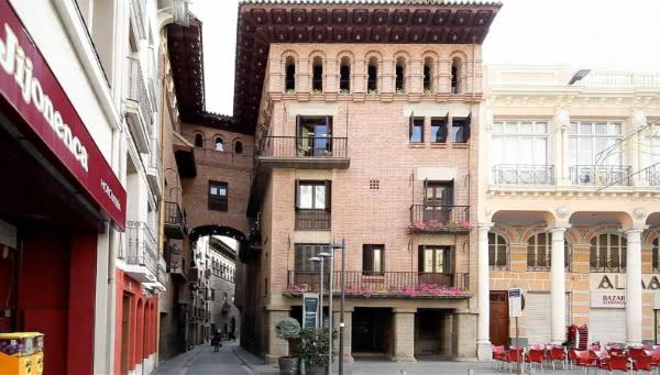 Barbastro: casa natal de Josemaria Escrivá (atualmente Centro Cultural Entrearcos)
