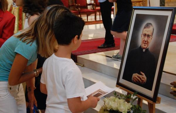 قداس في دبي إحتفالاً بعيد القديس خوسيماريا