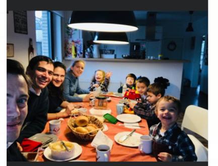 Um jantar da minha família com a família do António na Alemanha
