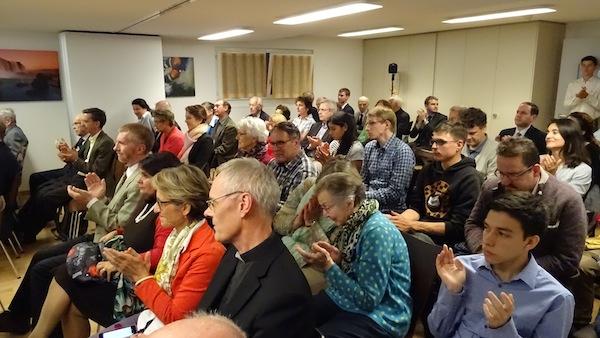 Rund 80 Interessierte besuchten die Vernissage.