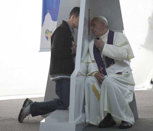 Santo Padre durante a JMJ no Brasil 2013