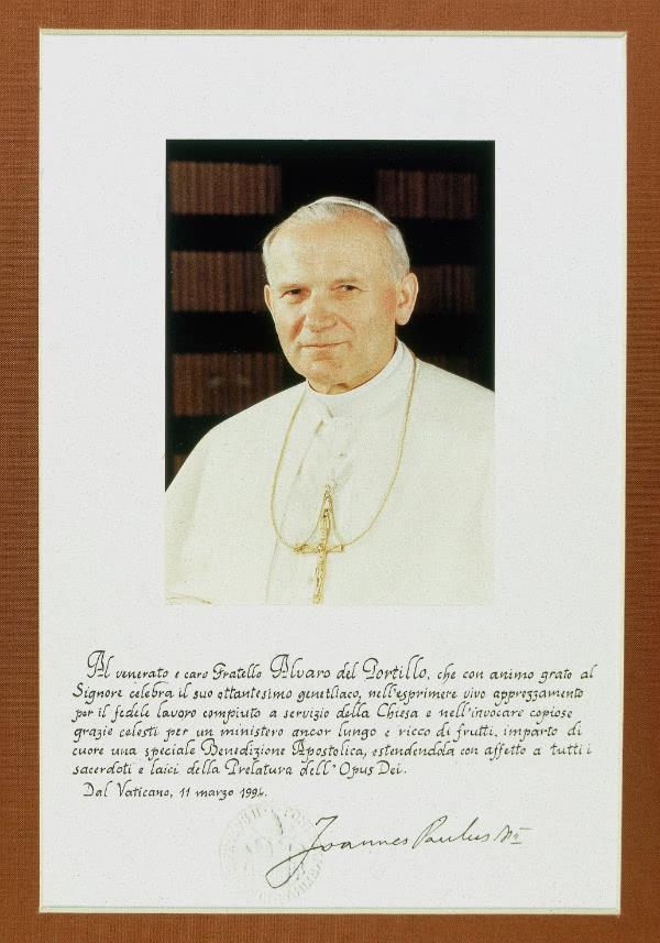 Quirógrafo de San Juan Pablo II con motivo del 80 cumpleaños de Mons. Álvaro del Portillo.