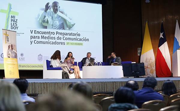 """Sebastián Vicuña, director del Centro del Cambio Global UC, se refirió al cambio climático. Señaló que todo lo que hacemos en esta materia debe estar sujeto a la pregunta """"¿qué es lo que queremos para nuestros hijos en 20 años más?""""."""