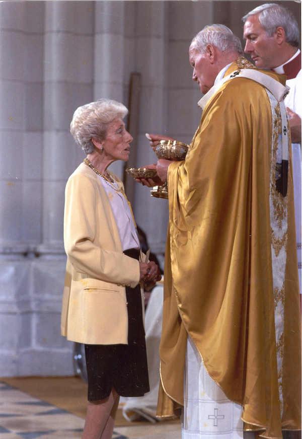 En 1993, el día de la consagración de la Catedral de La Almudena, en Madrid.